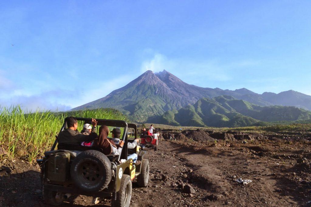 Wisata ke Gunung Merapi