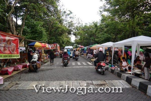 Pasar Tumpah UGM Yogyakarta