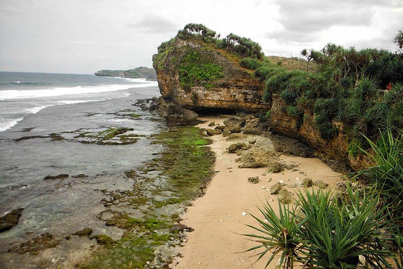 Pantai Lolang Jogja