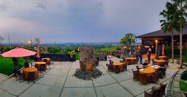Abhayagiri Resto Yogyakarta