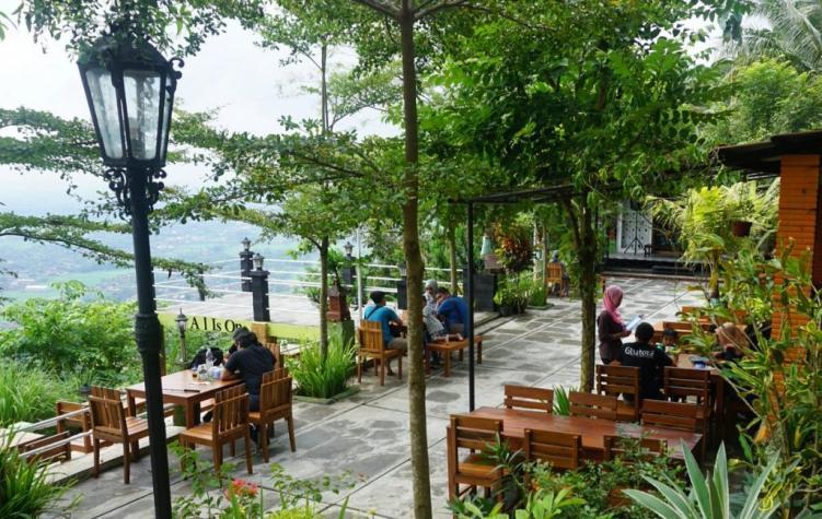 The Manglung View & Resto Yogyakarta